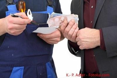 Beihilfe zur Steuerhinterziehung: So geht das Steuerrecht mit Mittätern um
