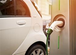 Firmenauto der Zukunft: Mit dem E-Dienstwagen Steuern sparen